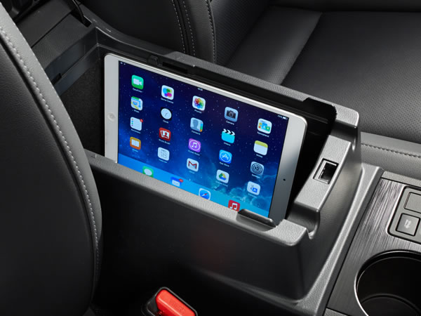 2019 Subaru Legacy Storage for Mobile Devices