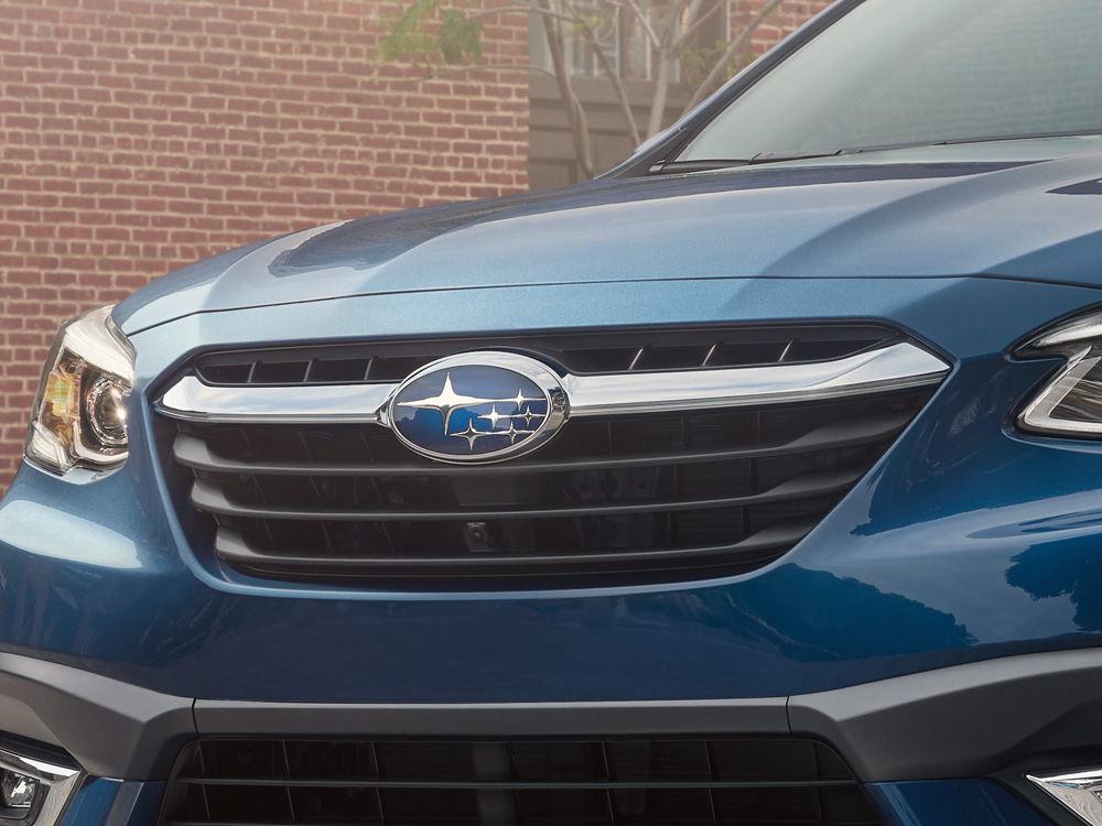 2021 Subaru Legacy Hexagonal Grille with Chrome Wing