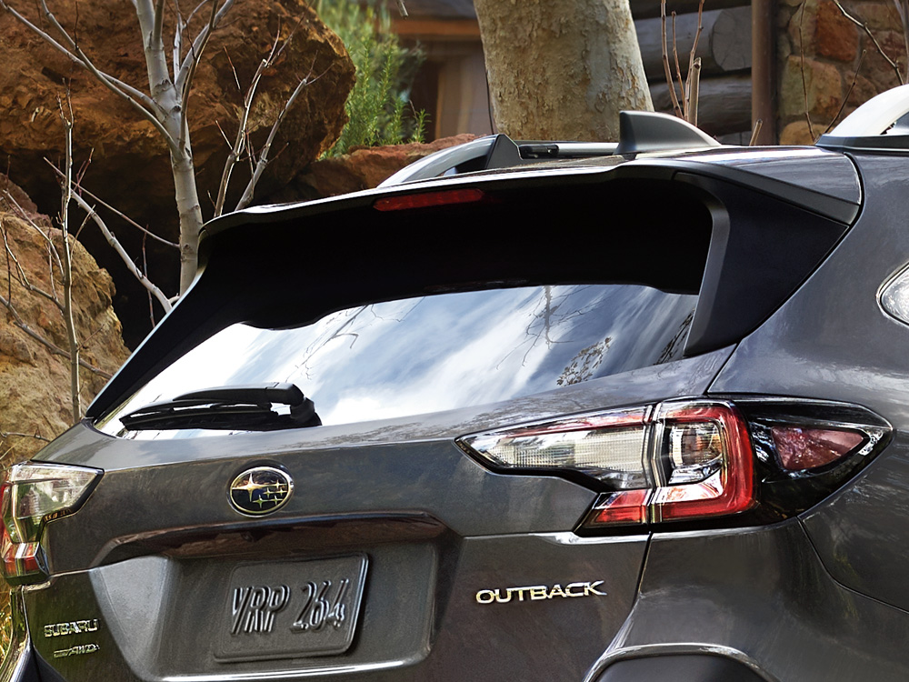 2020 Subaru Outback Roofline Rear Spoiler with Integrated Brake Light